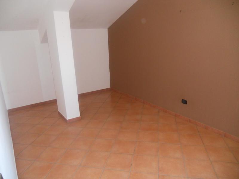 Appartamento affitto TRENTOLA-DUCENTA (CE) - 4 LOCALI - 125 MQ - foto 6