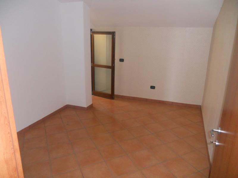 Appartamento affitto TRENTOLA-DUCENTA (CE) - 4 LOCALI - 125 MQ - foto 7