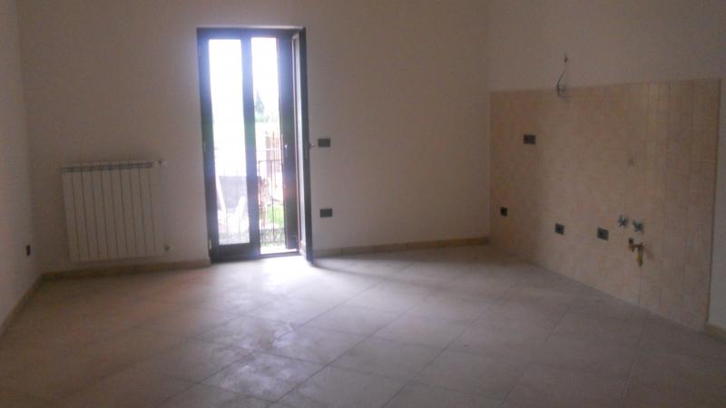 Appartamento vendita CESA (CE) - 4 LOCALI - 100 MQ