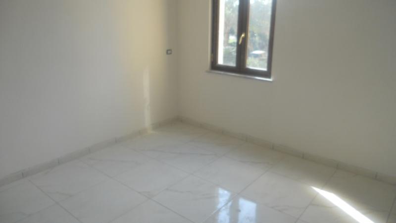Appartamento affitto LUSCIANO (CE) - 3 LOCALI - 100 MQ - foto 4