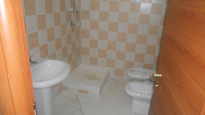Appartamento affitto LUSCIANO (CE) - 3 LOCALI - 100 MQ - foto 6