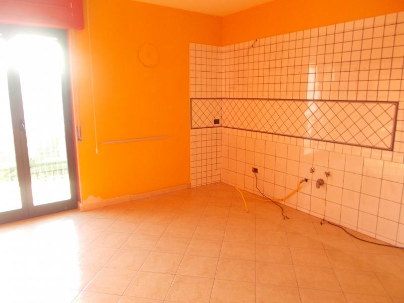 Appartamento affitto Trentola-ducenta (CE) - 3 LOCALI - 100 MQ