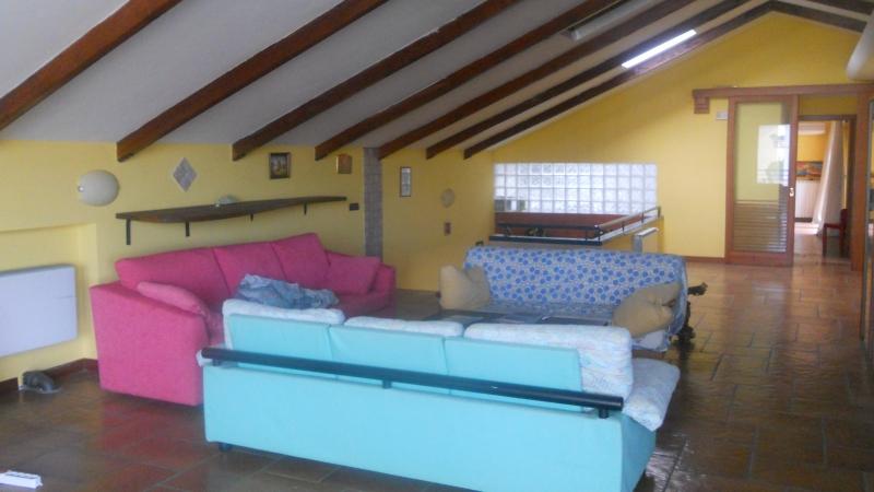 Ufficio / Studio in affitto a Aversa, 4 locali, prezzo € 550 | Cambio Casa.it