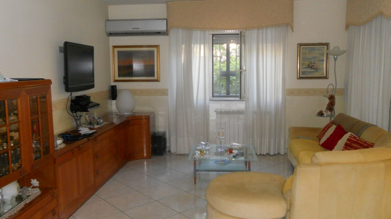 Appartamento vendita AVERSA (CE) - 4 LOCALI - 120 MQ - foto 4