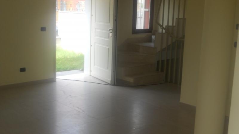 Villa vendita CESA (CE) - 4 LOCALI - 200 MQ