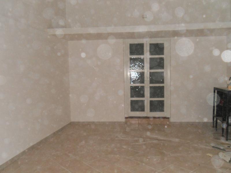 Negozio / Locale in affitto a Aversa, 2 locali, prezzo € 350 | Cambio Casa.it