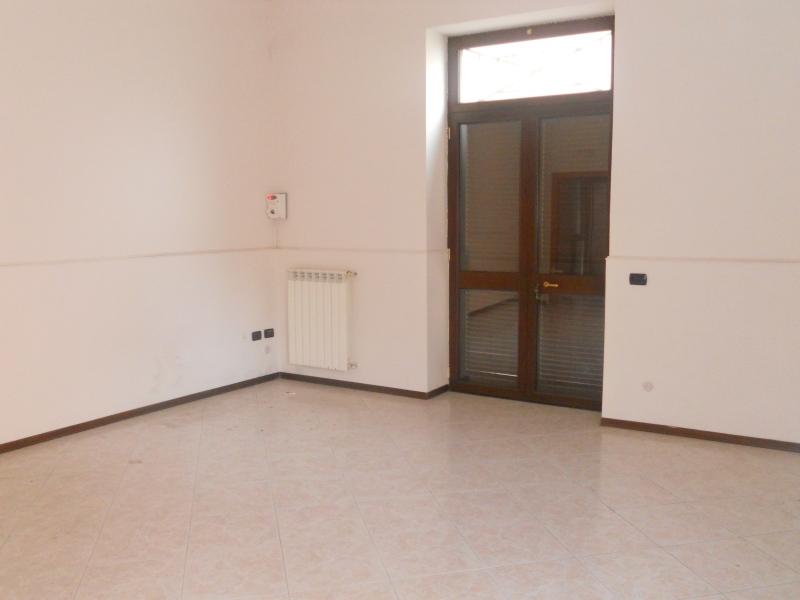 Appartamento affitto LUSCIANO (CE) - 2 LOCALI - 50 MQ