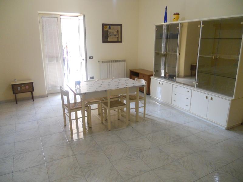 Appartamento affitto PARETE (CE) - 3 LOCALI - 120 MQ
