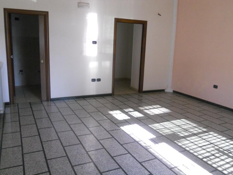Appartamento affitto AVERSA (CE) - 3 LOCALI - 100 MQ - foto 3