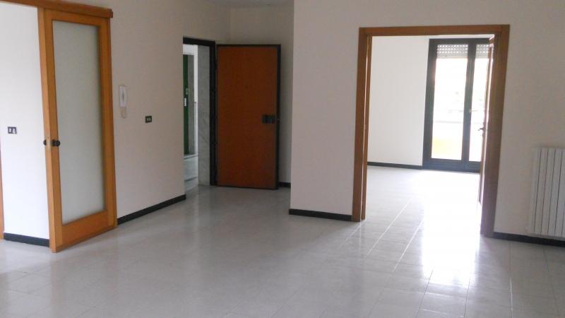 Appartamento affitto TRENTOLA-DUCENTA (CE) - 4 LOCALI - 145 MQ