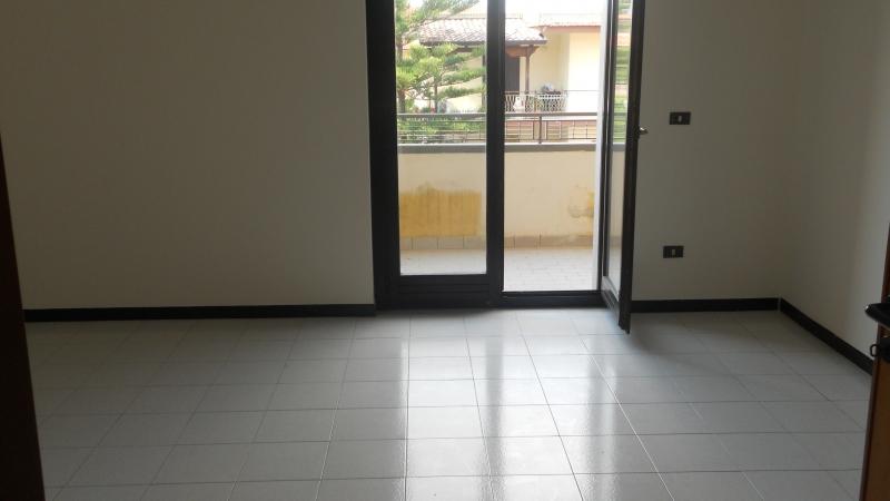 Appartamento affitto TRENTOLA-DUCENTA (CE) - 4 LOCALI - 145 MQ - foto 3