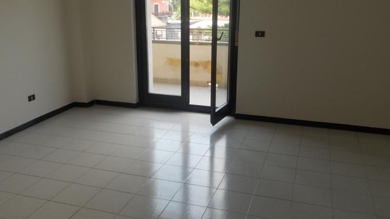 Appartamento affitto TRENTOLA-DUCENTA (CE) - 4 LOCALI - 145 MQ - foto 5