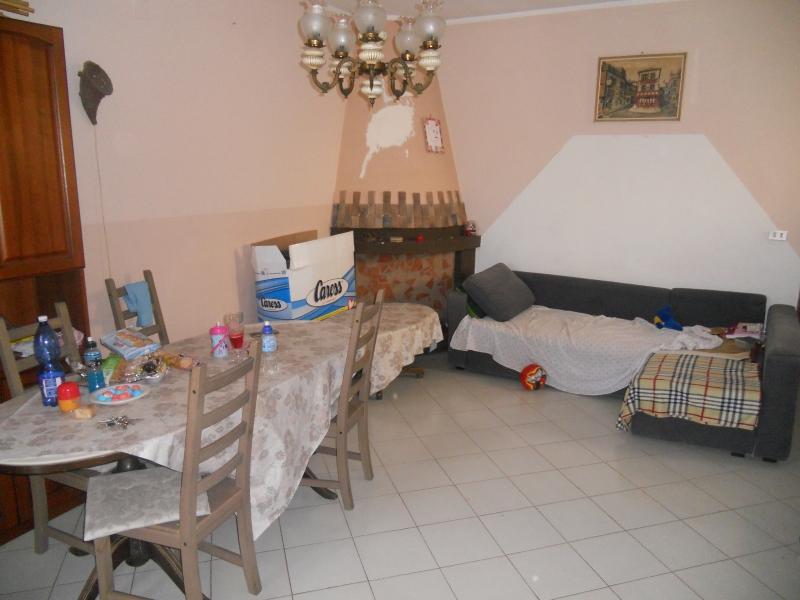 Appartamento affitto Castel Volturno (CE) - 3 LOCALI - 80 MQ