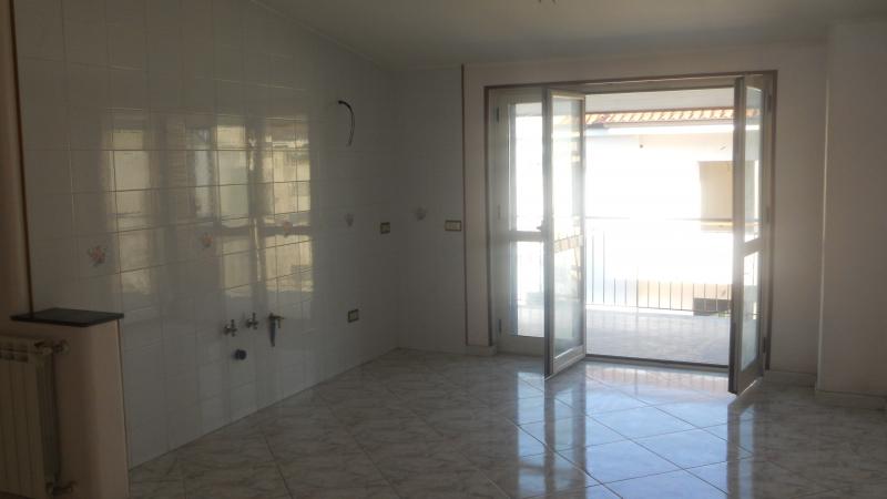 Attico / Mansarda in affitto a Trentola-Ducenta, 3 locali, prezzo € 310 | Cambio Casa.it