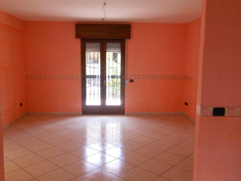 Appartamento affitto TRENTOLA-DUCENTA (CE) - 4 LOCALI - 105 MQ
