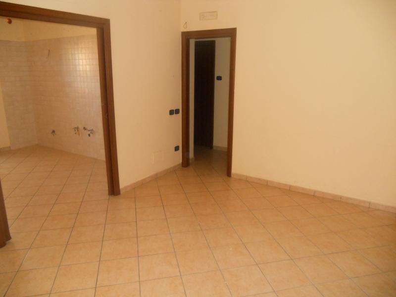 Appartamento vendita TRENTOLA-DUCENTA (CE) - 3 LOCALI - 90 MQ - foto 2