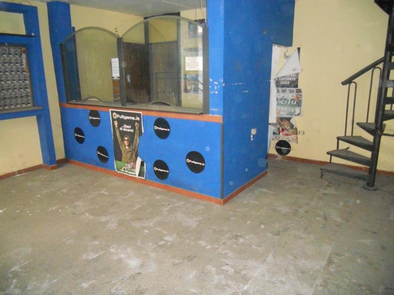 Negozio / Locale in affitto a Aversa, 1 locali, prezzo € 450 | Cambio Casa.it