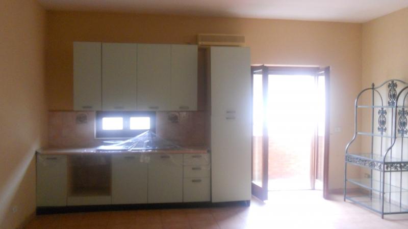 Appartamento in affitto a Gricignano di Aversa, 3 locali, prezzo € 420 | Cambio Casa.it