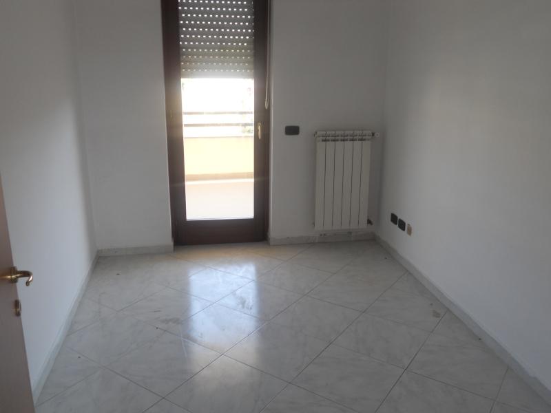 Appartamento affitto AVERSA (CE) - 4 LOCALI - 120 MQ - foto 3