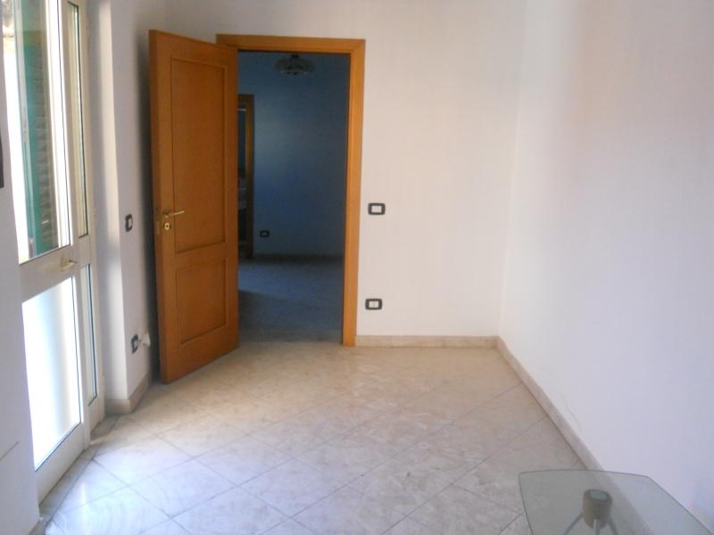 Appartamento vendita AVERSA (CE) - 3 LOCALI - 70 MQ - foto 2