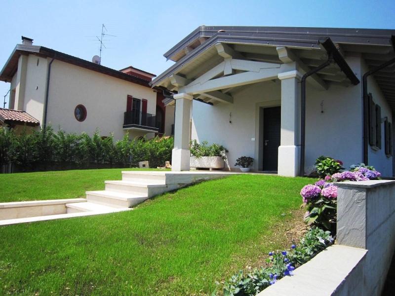 Villa in vendita a Poncarale, 4 locali, prezzo € 560.000   CambioCasa.it