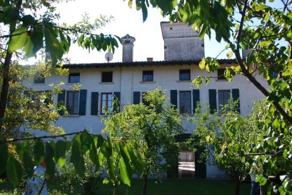 Rustico / Casale in Vendita a Borgosatollo