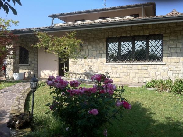 Villa in vendita a Capriano del Colle, 5 locali, zona Zona: Fenili Belasi, prezzo € 550.000 | Cambio Casa.it