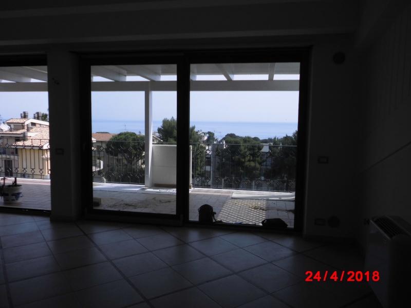 vendita appartamento vasto   350000 euro  5 locali  140 mq