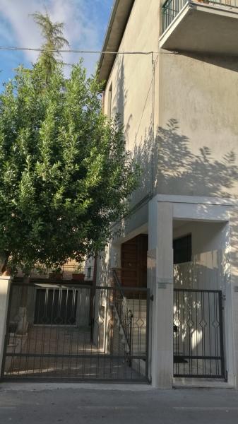 Appartamento affitto CHIUSI (SI) - 3 LOCALI - 90 MQ