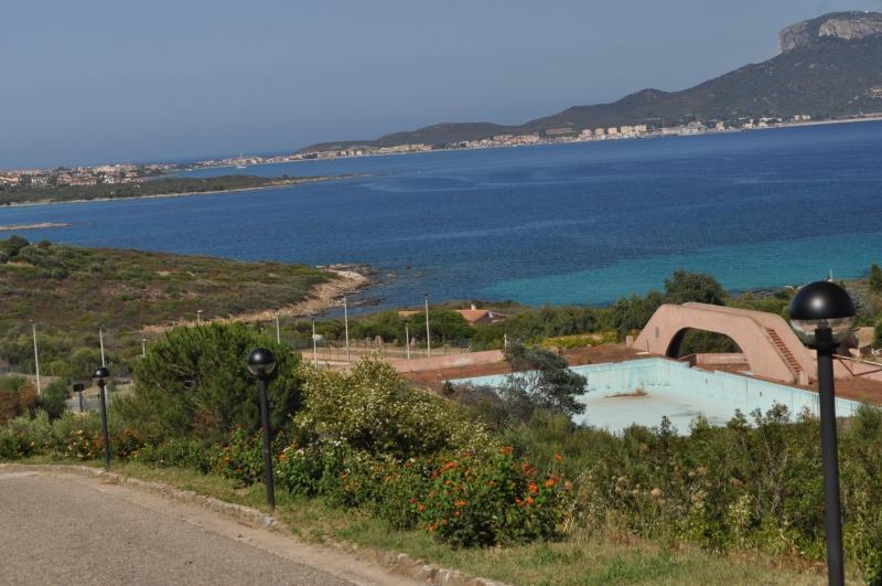 Villa in vendita a Golfo Aranci, 2 locali, zona Zona: Terrata, prezzo € 110.000 | Cambio Casa.it