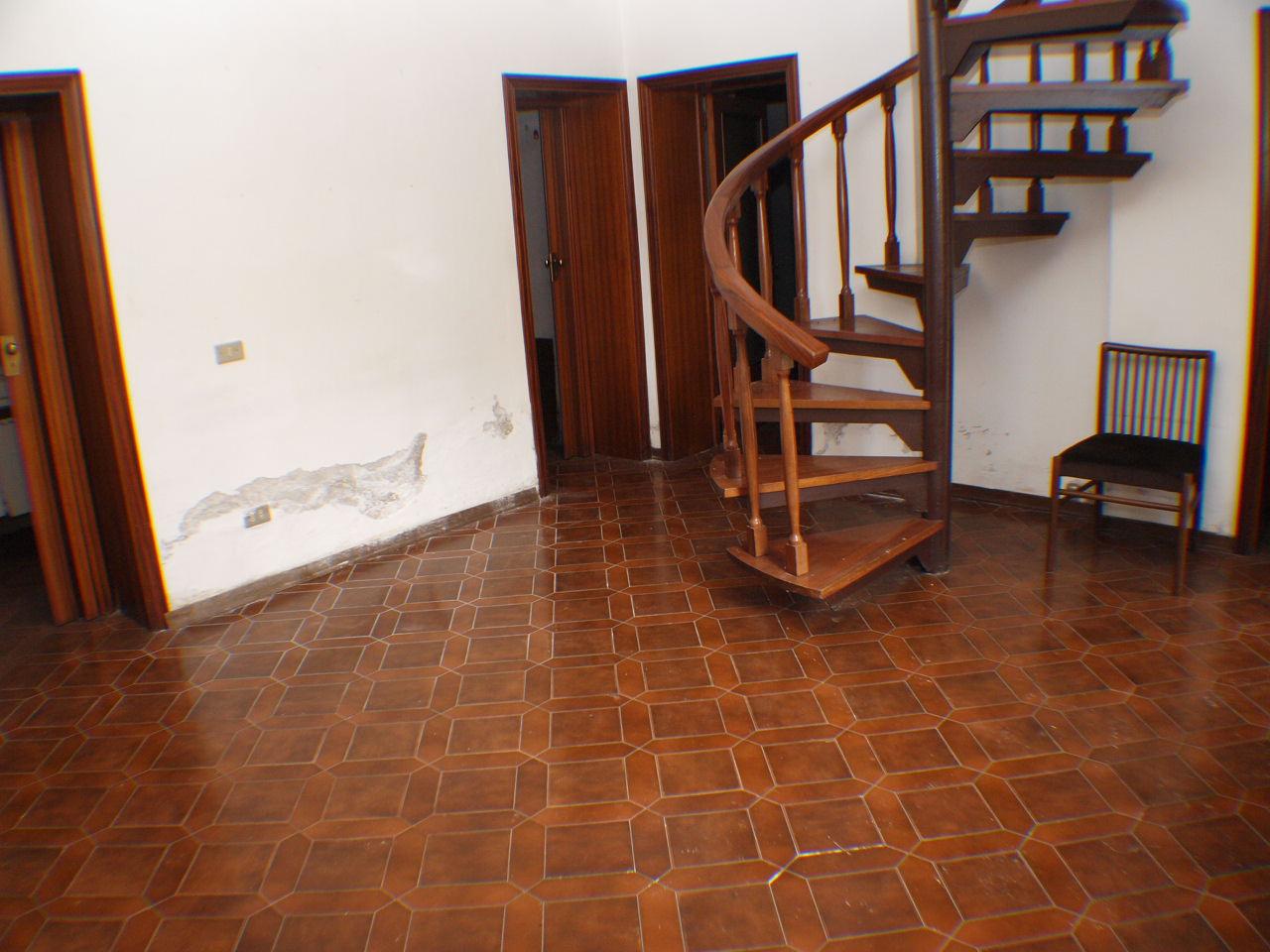Villa in vendita a Senigallia, 9999 locali, prezzo € 220.000 | CambioCasa.it