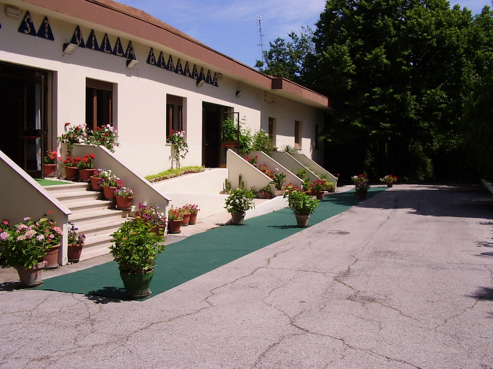 Immobile Commerciale in Vendita a Senigallia