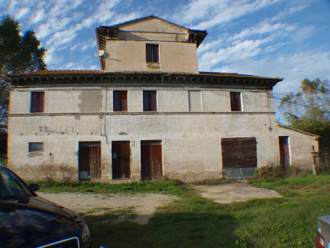 Rustico / Casale in vendita a Senigallia, 9999 locali, prezzo € 320.000 | Cambio Casa.it