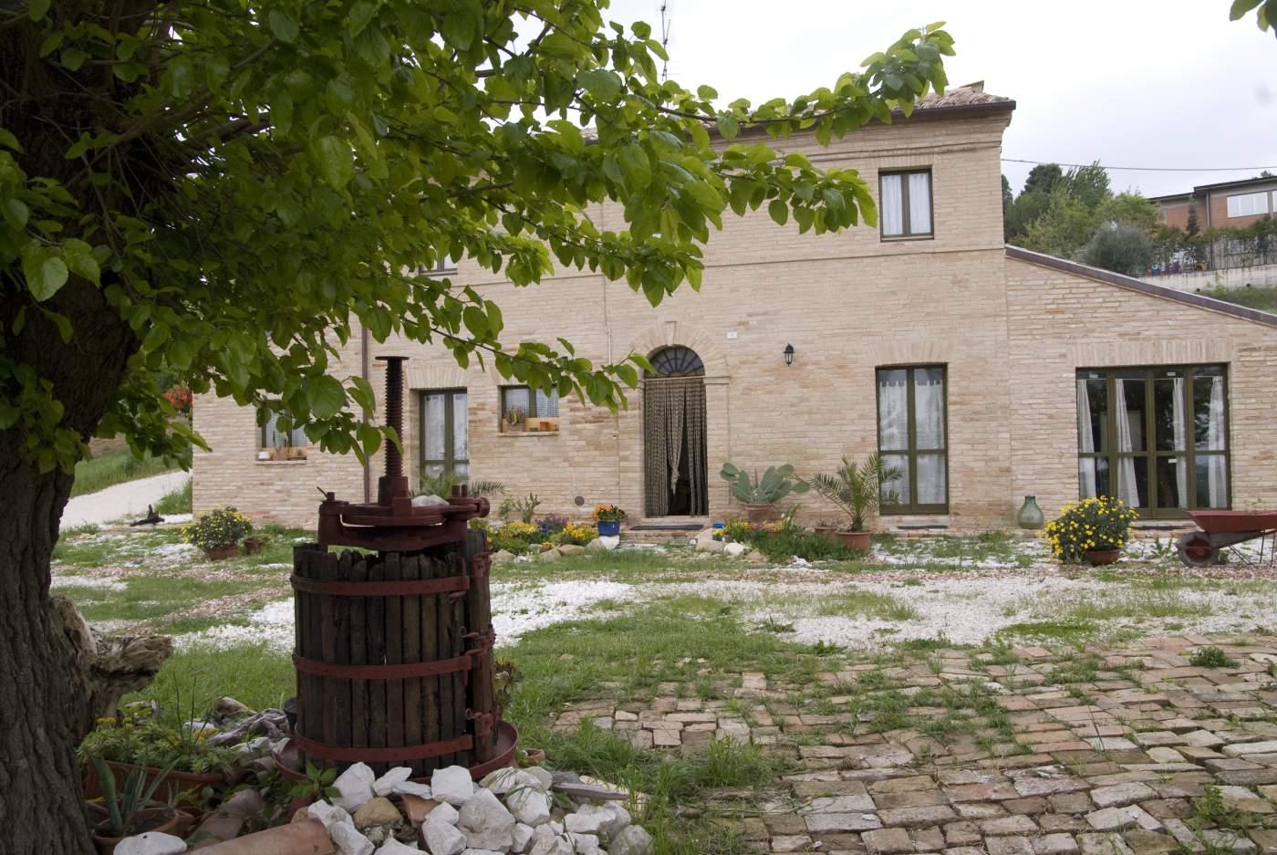 Appartamento in affitto a Belvedere Ostrense, 9999 locali, Trattative riservate | Cambio Casa.it