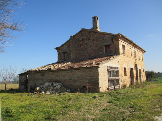 Rustico / Casale in vendita a Belvedere Ostrense, 9999 locali, prezzo € 250.000 | CambioCasa.it