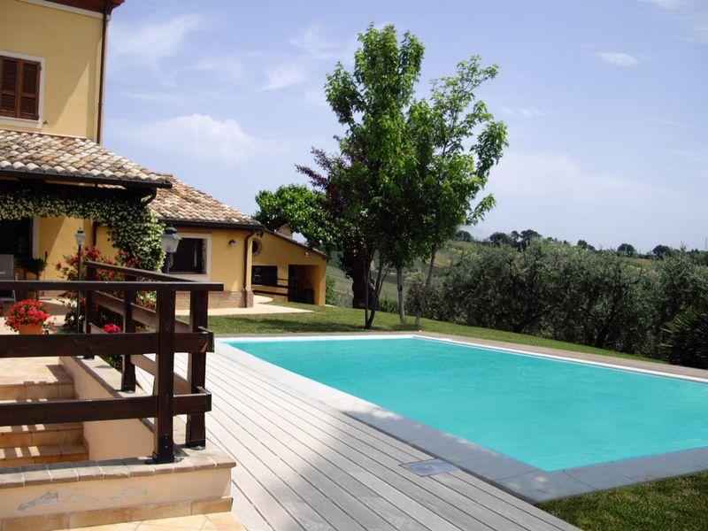 Villa vendita SENIGALLIA (AN) - 99 LOCALI - 500 MQ