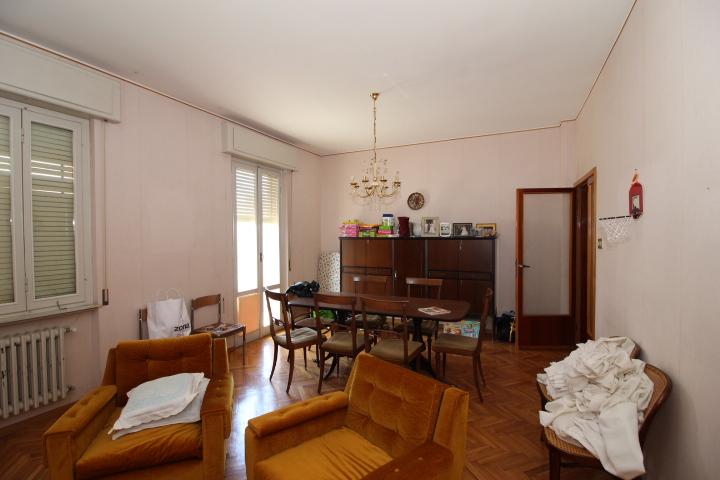 Villa vendita SENIGALLIA (AN) - 99 LOCALI - 410 MQ