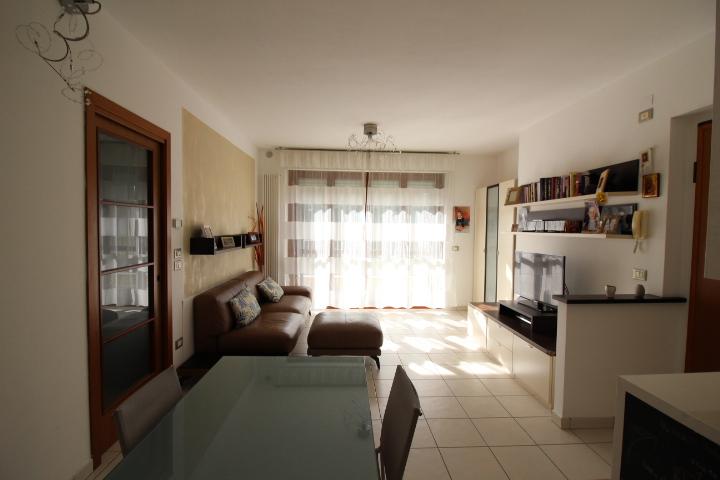 Appartamento in vendita Rif. 8572110