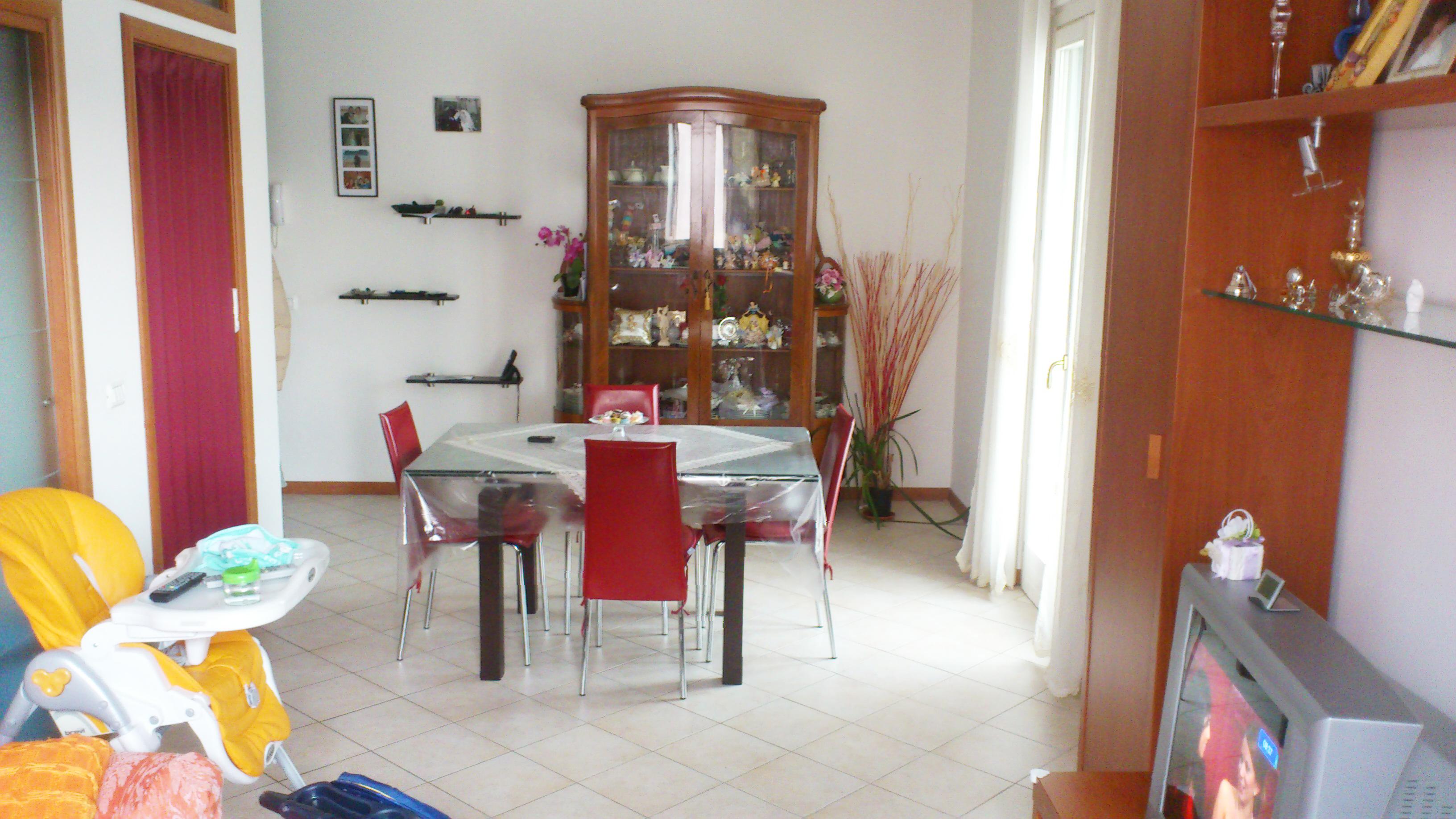 Appartamento vendita MONDOLFO (PU) - 99 LOCALI - 75 MQ