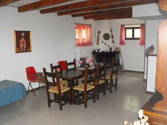 Rustico vendita MORRO D'ALBA (AN) - 99 LOCALI - 240 MQ