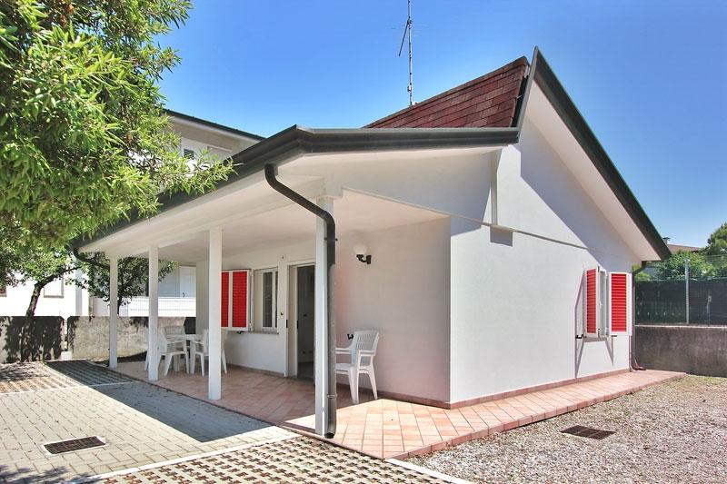 Villa affitto LIGNANO SABBIADORO (UD) - 4 LOCALI - 58 MQ
