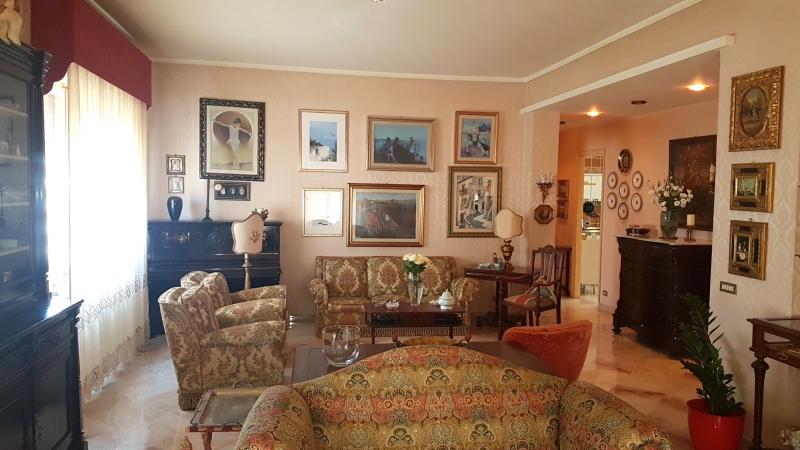 vendita appartamento trapani   180000 euro  4 locali  170 mq