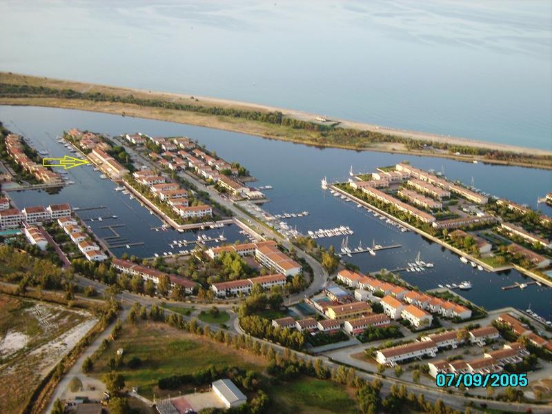 Ville a schiera terra mare con 8 - 6 posti letto, giardino, posto barca a partire da 500 e 450 € a s Rif.9601305