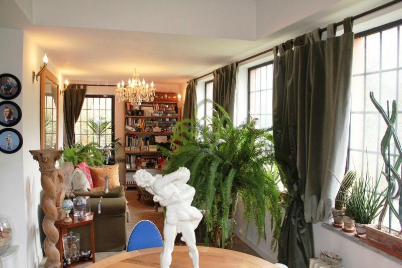 Casa Indipendente vendita BASCHI (TR) - 7 LOCALI - 145 MQ