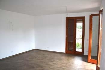 Orvieto (Sferracavallo) – Affittasi appartamento di nuova costruzione con balconi e garage. Classe energetica B. Disponibile da Settembre 2018.
