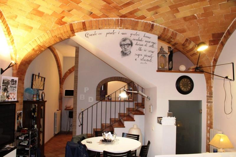 Casa Indipendente vendita ALLERONA (TR) - 7 LOCALI - 110 MQ
