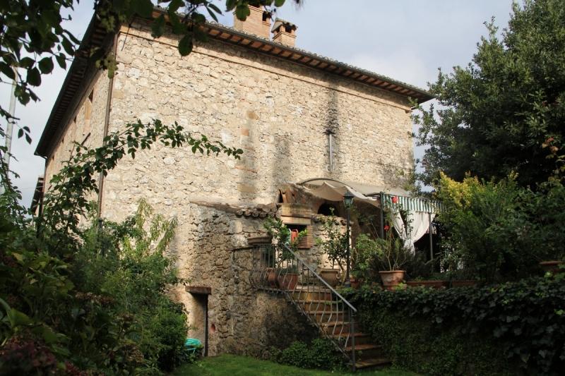 Casa Indipendente vendita CASTIGLIONE IN TEVERINA (VT) - 7 LOCALI - 280 MQ