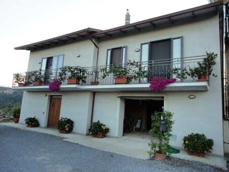 Casa Indipendente vendita ORVIETO (TR) - 7 LOCALI - 197 MQ