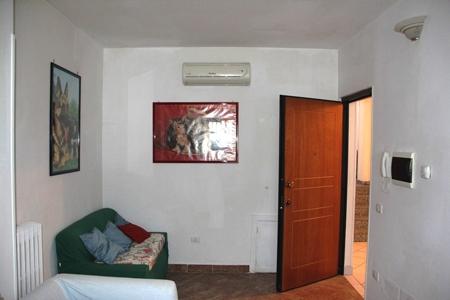 Baschi (Zona industriale) - Appartamento arredato al piano terra in affitto