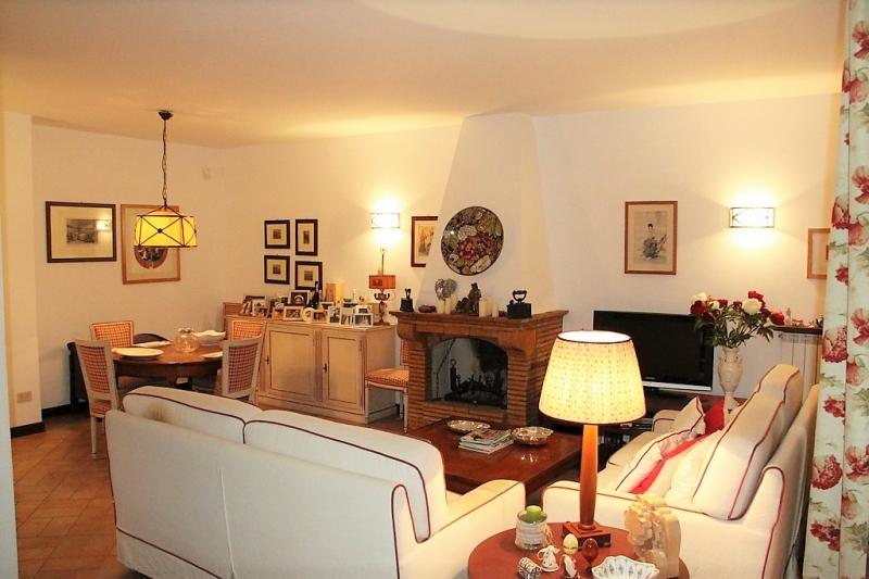 Villa vendita ORVIETO (TR) - 7 LOCALI - 260 MQ